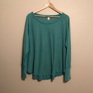 Mossimo green lightweight thermal top